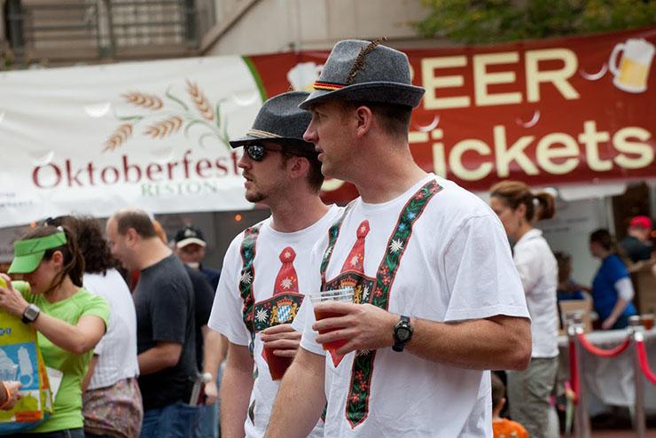 20121006 0594 Oktoberfest at Reston Town Center