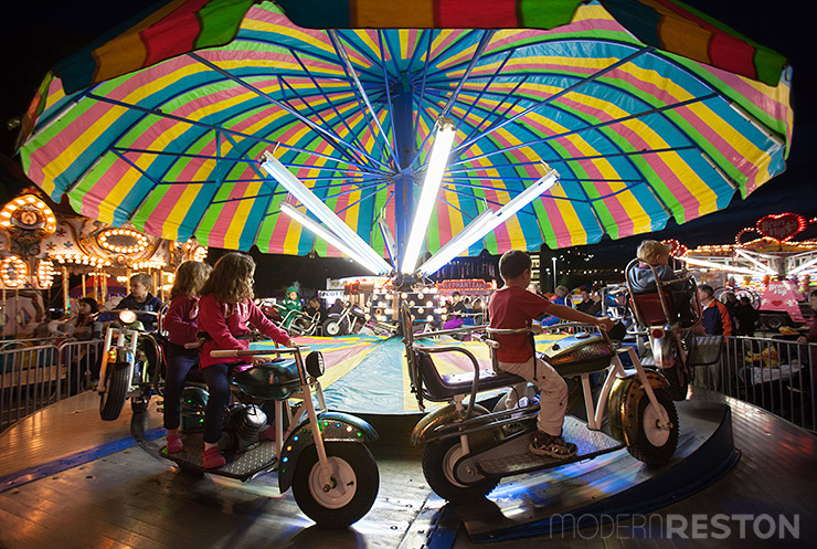 Oktoberfest-Reston-2014-carnival-night