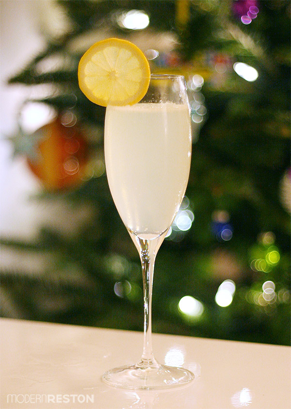 French75-retro-cocktail-christmas