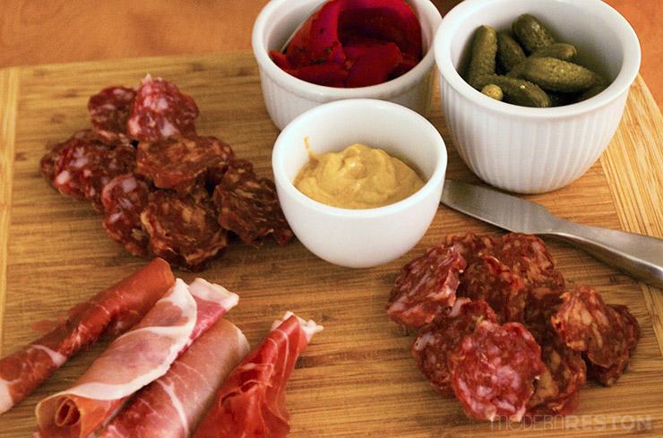 Prosciutto-meat-platter