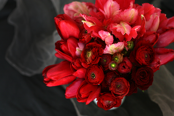 Valentine's Day Flowers Taffy Floral Modern Reston