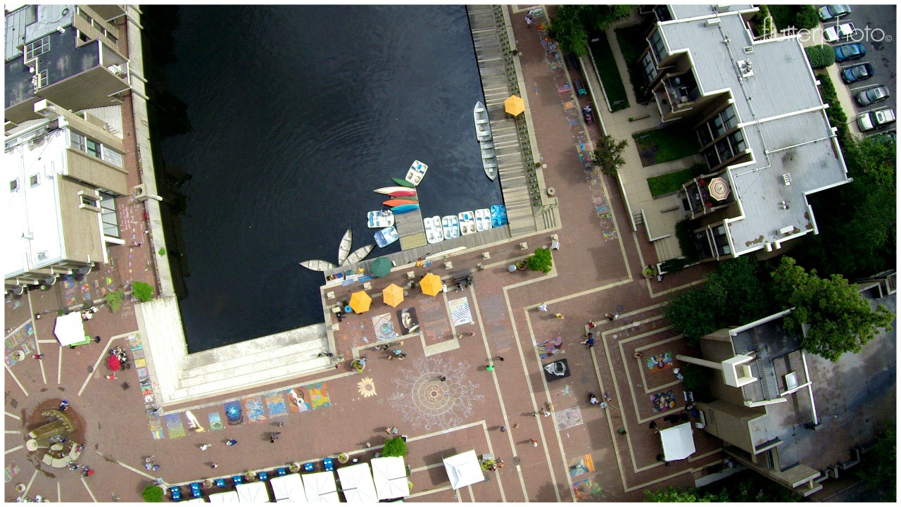 Lake-Anne-chalk-festival-aerial-photo-by-Alejo-Pesce-09
