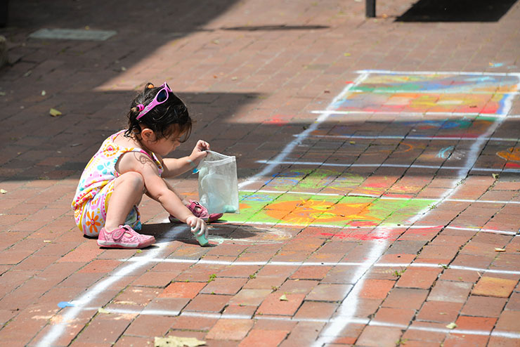 Lake-Anne-chalk-festival-photo-by-Samantha-Marshall-03