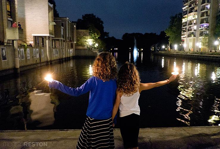 Bob-Simon-candlelight-vigil-10