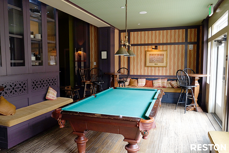 bedford-springs-tavern-billiards