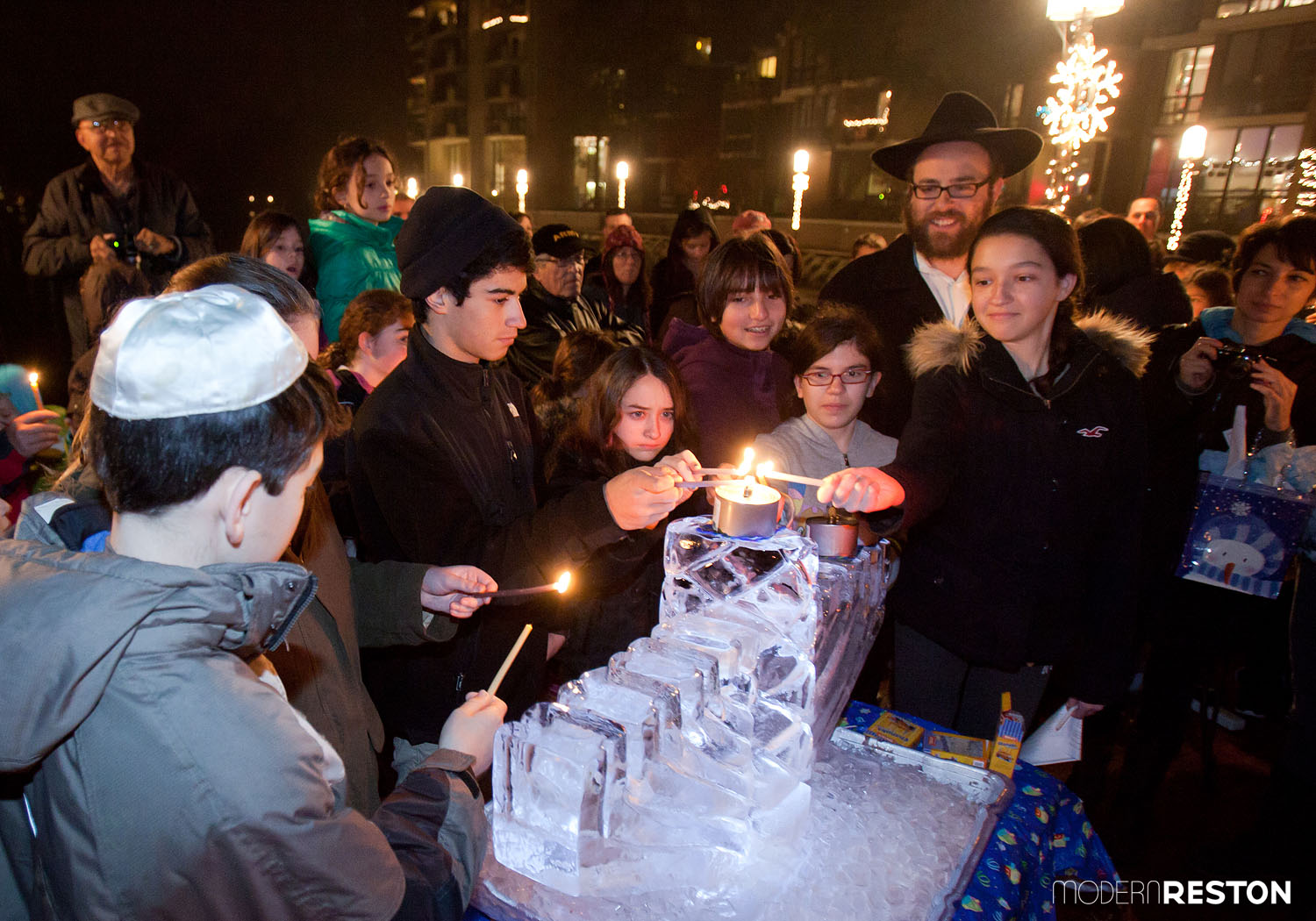 lake-anne-menorah-lighting