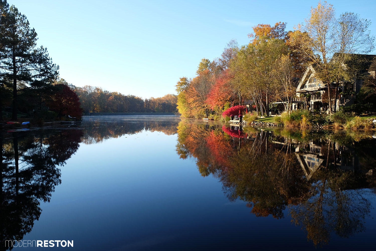 lake-newport-reston-fall